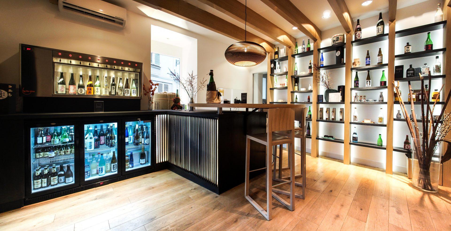 Déguster et se former au saké japonais dans le showroom à Paris